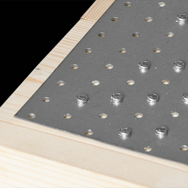 PP1 - destička perforovaná 80x40x2,0 mm 4