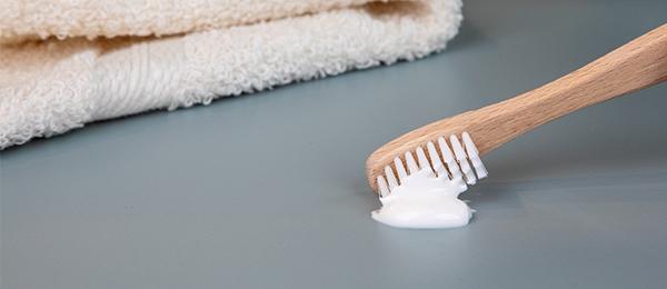 Vždy bezpečně – s antibakteriálními vlastnostmi povrchu od firmy EGGER!