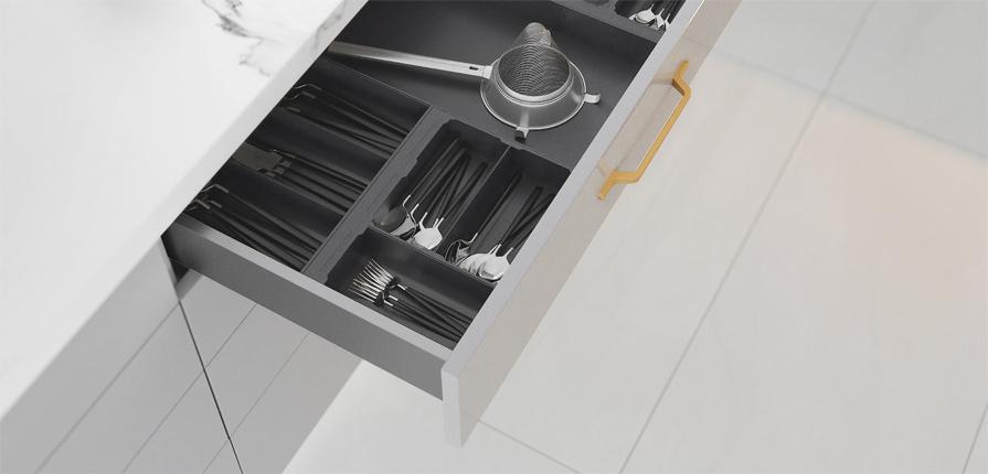 Nové zásuvky s tenkými boky AxisPro