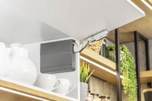 Novinky - deskový materiál a nábytkové kování 2